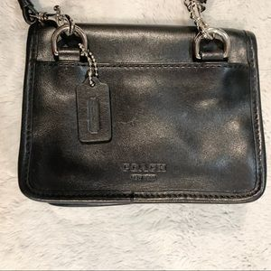Coach Bags - Vintage Coach Leather Crossbody Bag